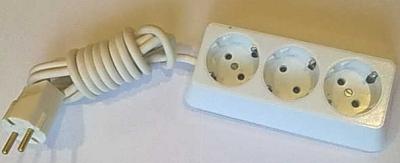 Български разклонители - Разклонител 3ка трапец бял + 2м. кабел